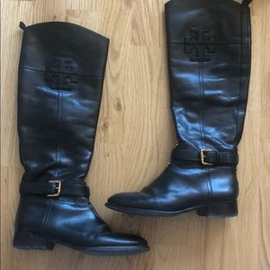 Black Boots Tory